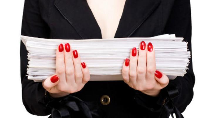 В текущем году, для выплаты по ОСАГО после ДТП достаточно обратиться в собственную страховую компанию. Страховую виновника уведомляет ваш страховщик.