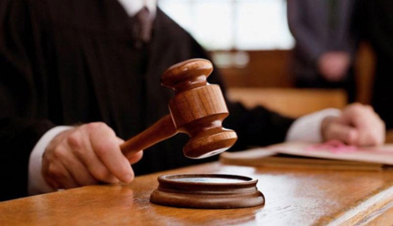 Если виновник подал заявление в суд на оспаривание вины, то страховая компания вправе отказать в выплате прямого возмещения убытков