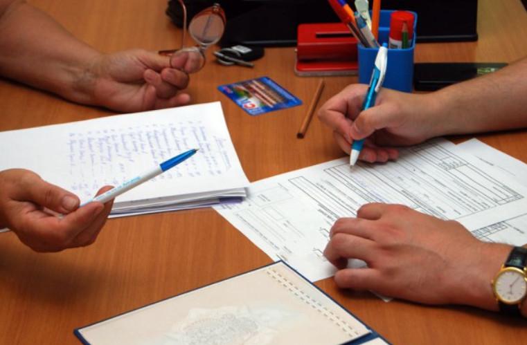 Цена за оформление документа фиксированная и у всех нотариусов будет равна