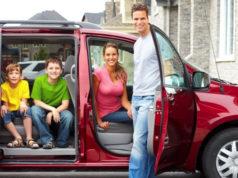 Автомобиль для многодетной семьи: программа от государства в 2017 году
