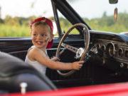 Со скольки лет дают автокредит на машину парням и девушкам