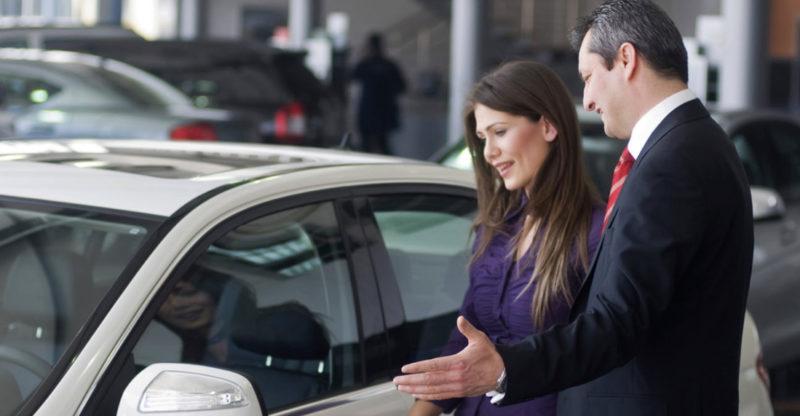Перед покупкой автомобиля важно не только сделать диагностику в автосервисе, но и проверить его документацию
